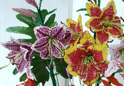 Цветы из бисера для начинающих